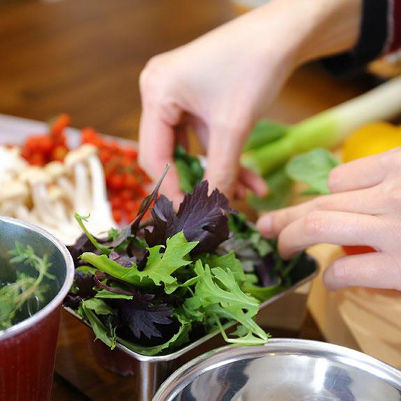 料理教室アグレアーブルの料理風景